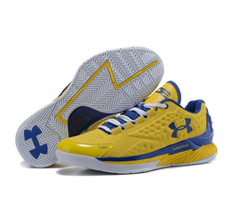 Under Armour ClutchFit Drive Low Stephen Curry Shoes Yellow